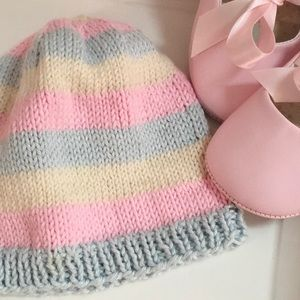 Other - Baby hand-knitted hat